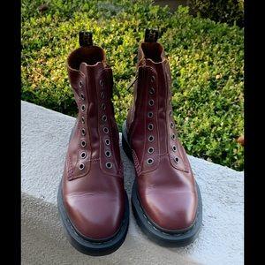 NEW!! Dr. Martens 1460 LL 8 Eye Boots